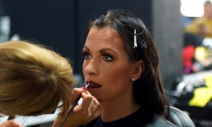 FemNews.de - Beauty Serie - Schminken - Karneval - Sixties - Grease - Mareike 45