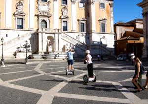 Um eine Stadt wie Rom an einem Tag zu erkunden, bietet sich eine Segway-Tour an - Foto:ready4FotoDesign.de für FemNews.de