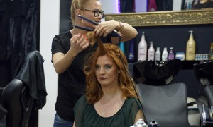 FemNews.de - Beauty Serie - Langhaarfrisur - Party-Frisur - Swenja 09