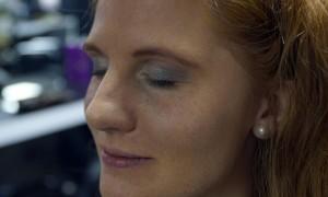 Beauty-Serie - Schminktipps: Festliches Weihnachts-Make-up - Swenja-26 - FemNews.de
