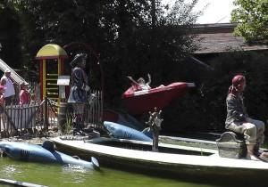 Wasserrutsche mit Freiflug - FemNews.de