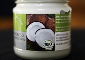 Ein Deo aus Kokosöl ist gesund und pflegend zugleich - FemNews.de