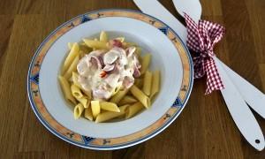 Mahlzeit - Rezept - Nudeln in Frischkäse und marinierten Tomaten 05 - FemNews.de