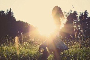 Tanke Sonnenenergie und schütze dich vor Brustkrebs - FemNews.de