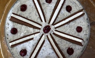 Mahlzeit - Rezept - Milchschnitten-Torte 07 - FemNews.de