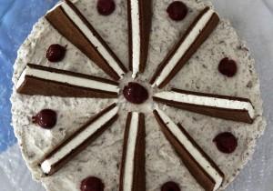 Mahlzeit - Rezept - Milchschnitten-Torte 09 - FemNews.de