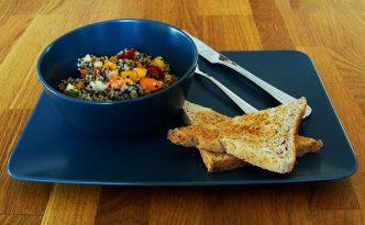 Mahlzeit - Rezept - Quinoa-Salat - Guten Appetit - FemNews.de